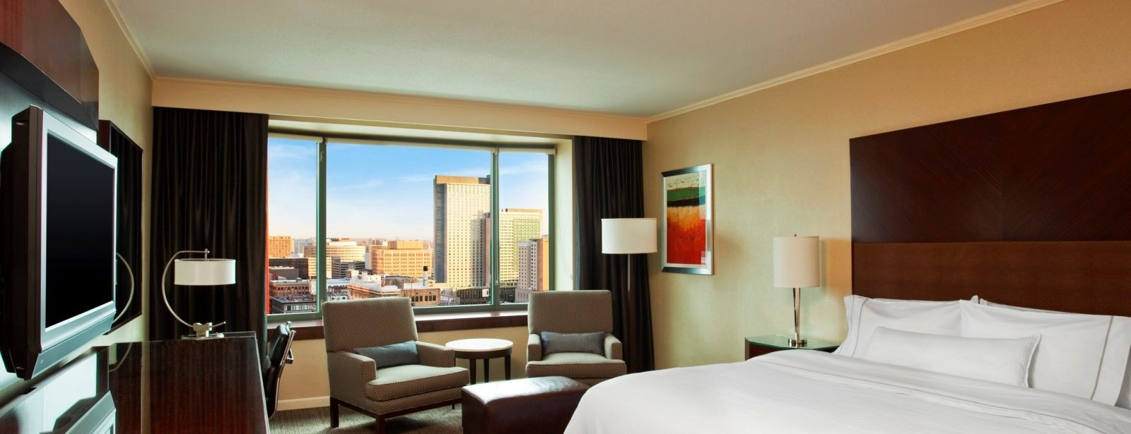 Business Class Guestroom - The Westin Denver Downtown
